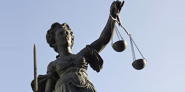 Dömer domstolar utan substantiell bevisning i sexmål?