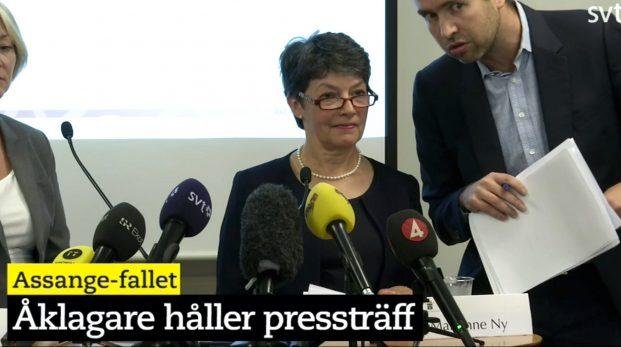 Pinsam presskonferens om fallet Assange