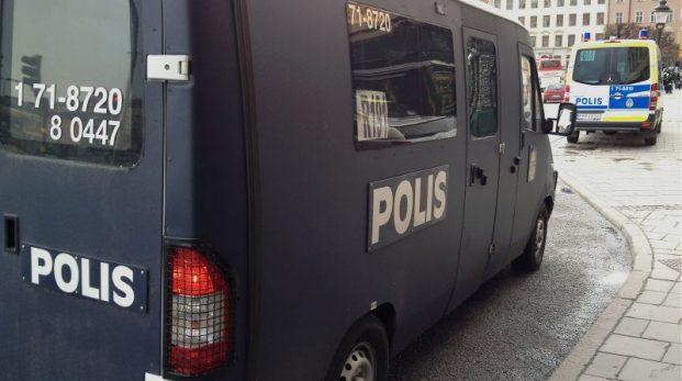 Svensk polis upplevs som allt farligare