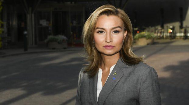 Ebba Busch vill använda våra biståndspengar till kriminella invandrare