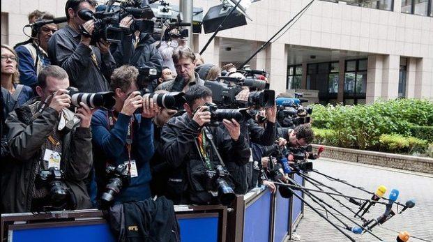 Vilar rättssäkerheten endast på journalisters axlar?