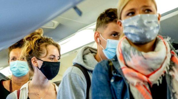 Nej – Folkhälsomyndigheten har inte svängt i munskyddsfrågan
