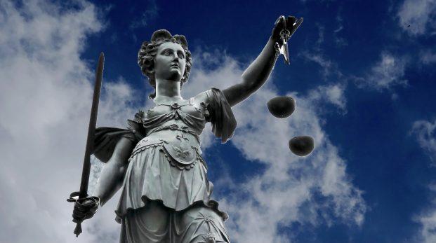 Vilka krav ska ställas på ett rättssamhälle?