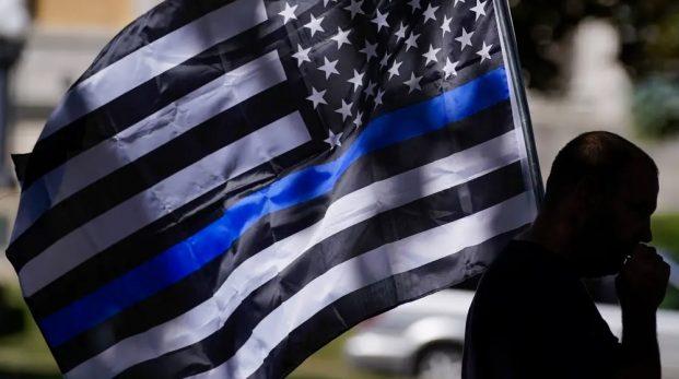 """""""Den tunna blå linjen"""" har blivit en rasistisk symbol"""